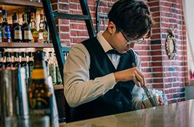 酒吧酒水知识培训_武汉调酒学校_武汉调酒师培训学校_武汉欧米奇西点西餐学院